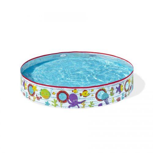 bazen s samostoječim robom
